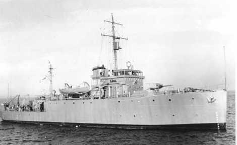 HMCS CHEDABUCTO –Bangor class minesweeper.  Photo Courtesy, Naval Museum of Manitoba.