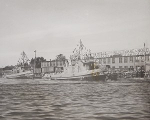 Ships For Victory, TANAC Tug CT-32 is launched in Trenton, ON. on 20 September 1943. Courtesy Quinte West Public Library.